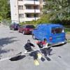 Un'altra foto strana di Google Street View- nuovo per strada